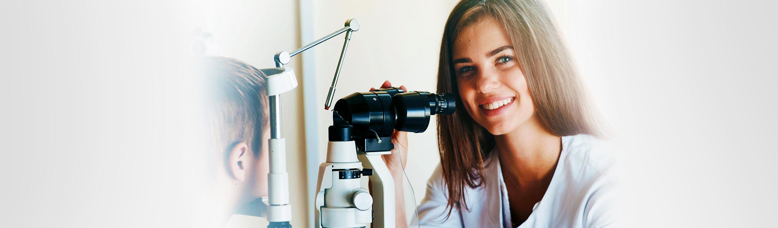 In der Augenarztpraxis Bayreuth bieten wir zahlreiche Leistungen